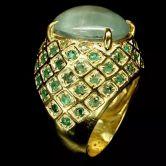 Крупное кольцо с Пренитом и Изумрудами