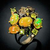 Кольцо с радужными Опалами