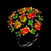 Кольцо с апельсиновыми Опалами и Хромдиопсидами