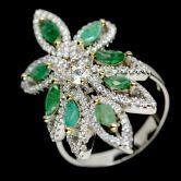 Роскошное кольцо с Изумрудами
